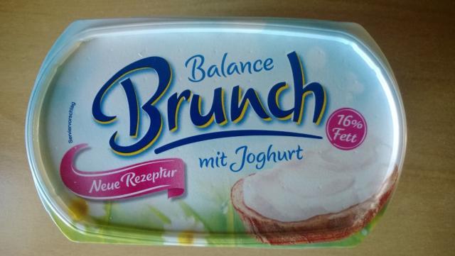 Brunch Balance, mit Joghurt | Hochgeladen von: dagobaer