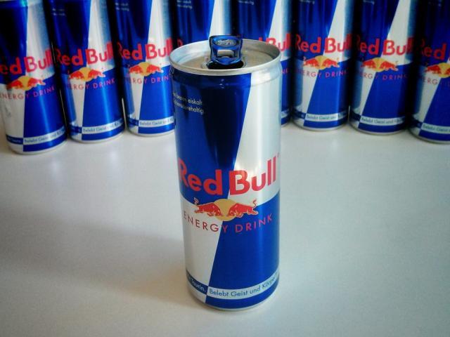 Red Bull, Energy Drink   Hochgeladen von: RandyMS