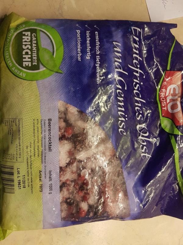 Beeren Mix, tiefgefroren, Erdbeer, rote Johannesbeer, Brombeer, Sauerlksch von Bollenlatscher | Hochgeladen von: Bollenlatscher
