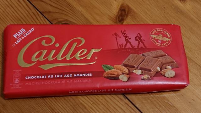 Chocolat au lait aux amandes, Milchschokolade mit Mandeln von liinum   Hochgeladen von: liinum
