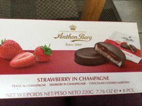 Strawberry in Champagne, Marzipan | Hochgeladen von: Connymaxi