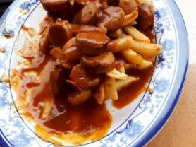 Currywurst Pommes mit Mayonnaise | Hochgeladen von: Muckelchen2407