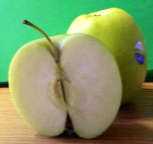 Apfel, Golden Delicious, frisch   Hochgeladen von: mattalan
