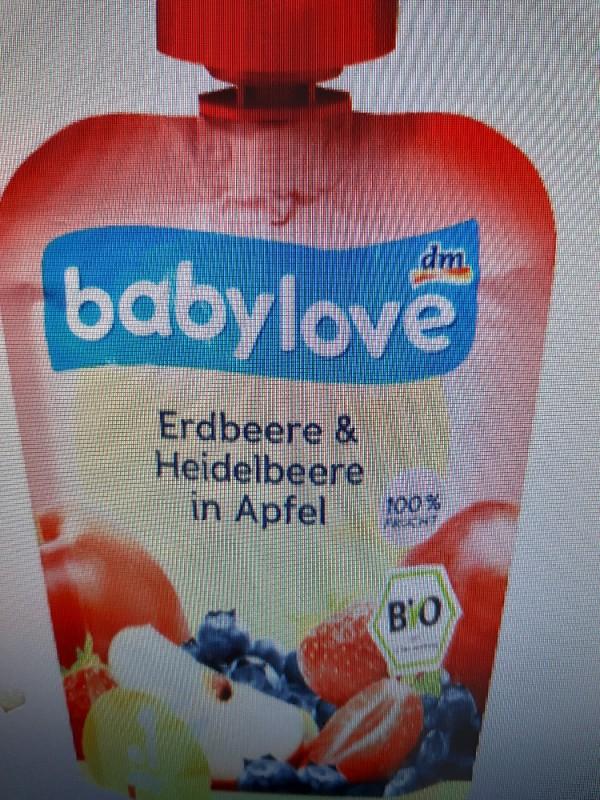 Erdbeere&Heidelbeere in Apfel von JJU | Hochgeladen von: JJU