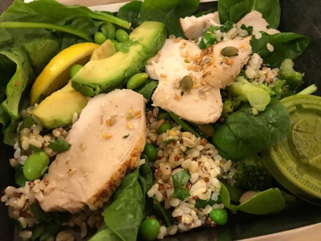 Greens, Grains & Chicken Salad | Hochgeladen von: pucciscookie