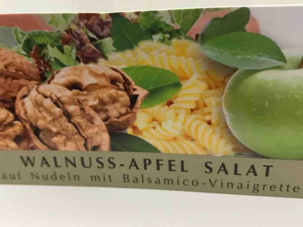 Walnuss-Apfel Salat , auf Nudeln mit Balsamico-Vinaigrette  von Yadum | Hochgeladen von: Yadum