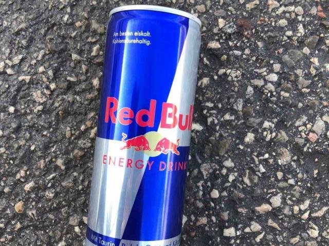 Red  Bull, Energy Drink von McKornic   Hochgeladen von: McKornic