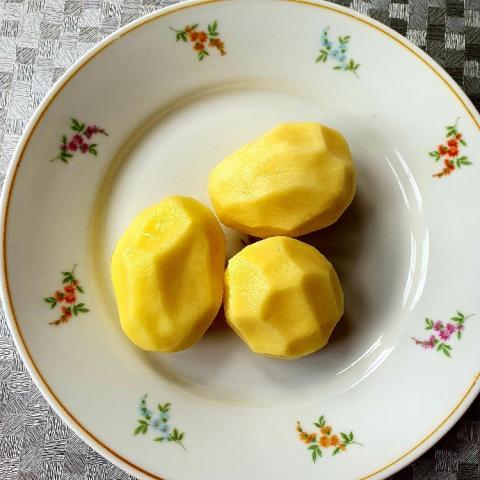 Kartoffeln, roh, geschält von Nini53 | Hochgeladen von: Nini53