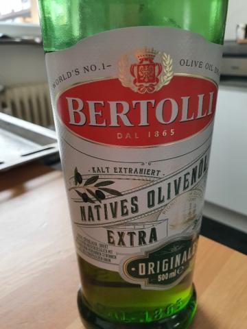Natives Olivenöl, Kalt exrahiert von aylinsweezy660 | Hochgeladen von: aylinsweezy660