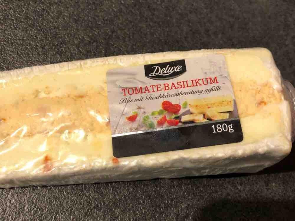 Brie gefüllt mit Tomate-Basilikum von prevstico   Hochgeladen von: prevstico