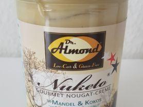 Nuketo Nougat-Creme, Mandel und Kokos | Hochgeladen von: CoonieCat